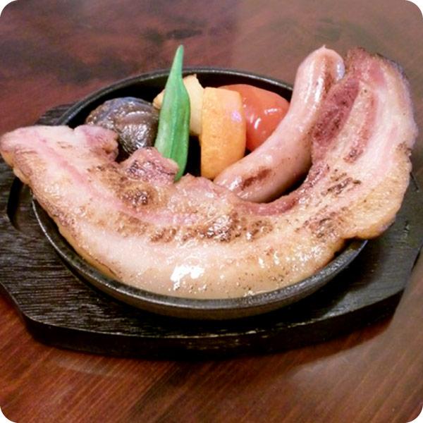 猪豚(イノブタ)